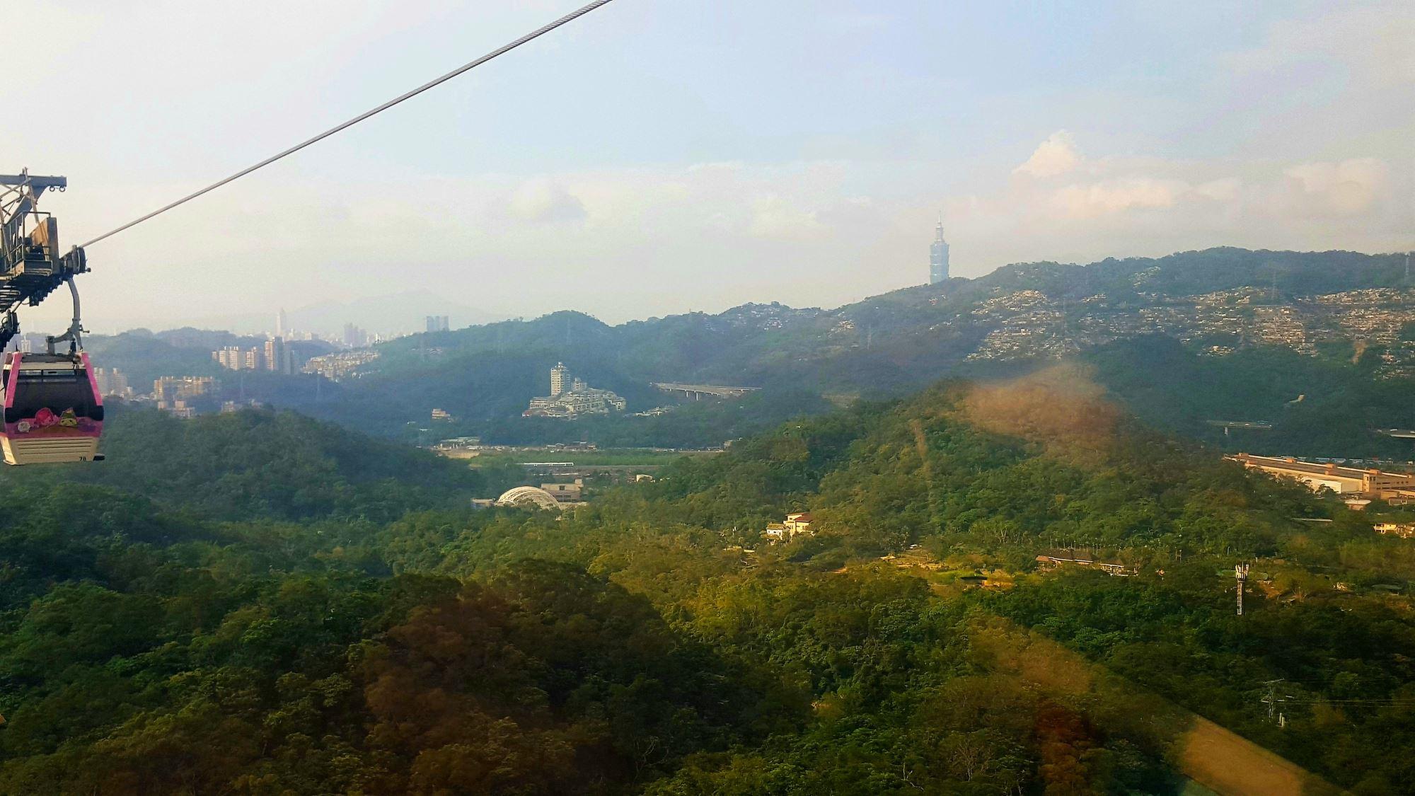 Maokong Gondola Taipey City Skyline Taipei Taiwan 2