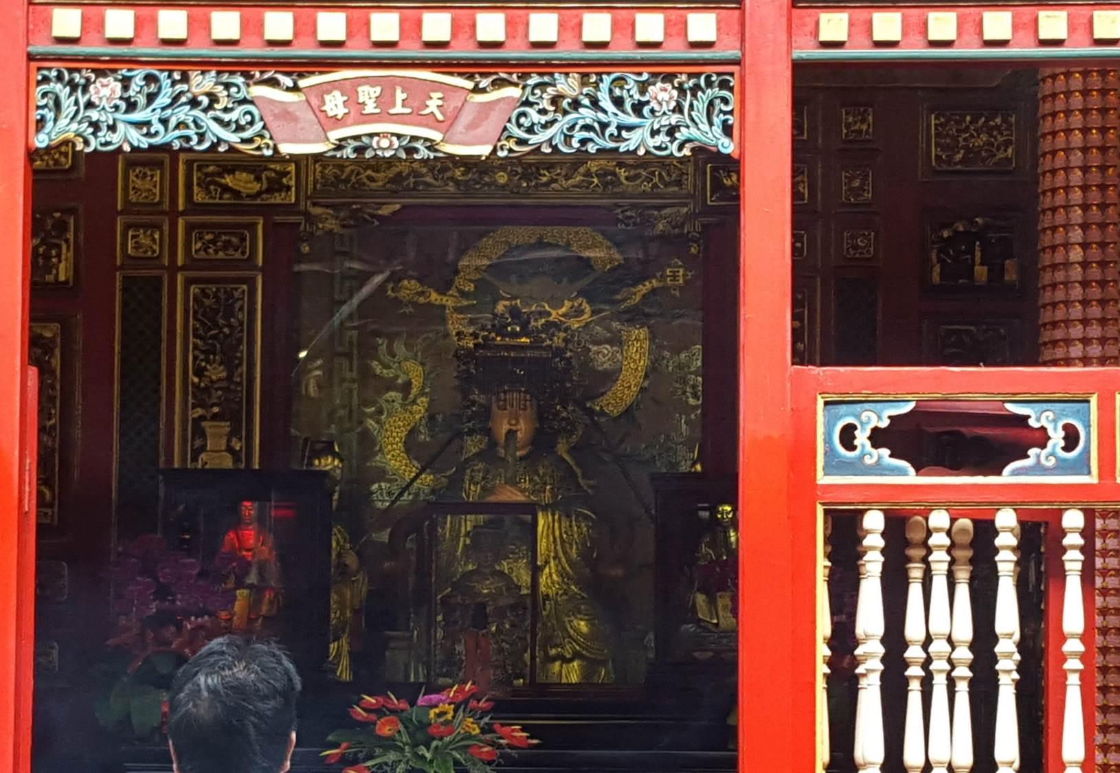 Mengjia Longshan Temple Taipei Taiwan 3