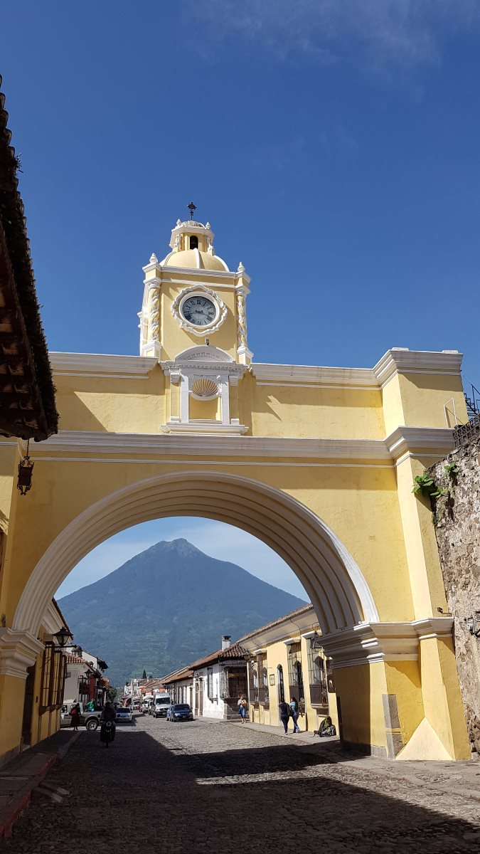 things to do antigua guatemala arco de santa catalina9