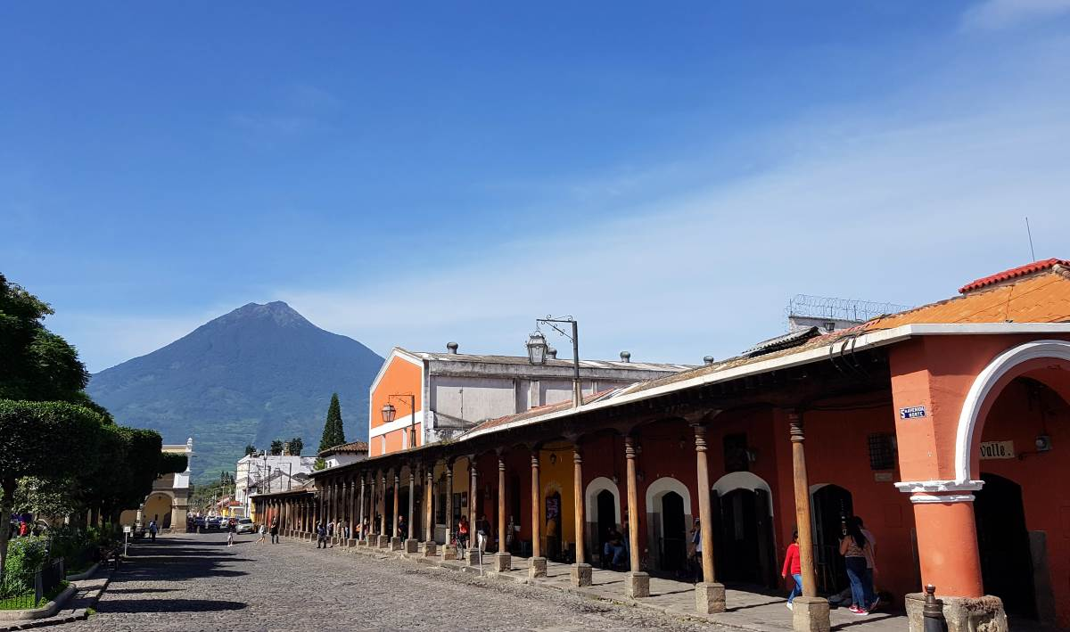 things to do antigua guatemala parque central5