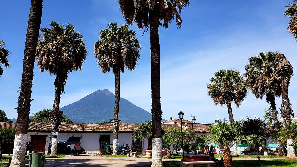 things to do antigua guatemala parque de la union6