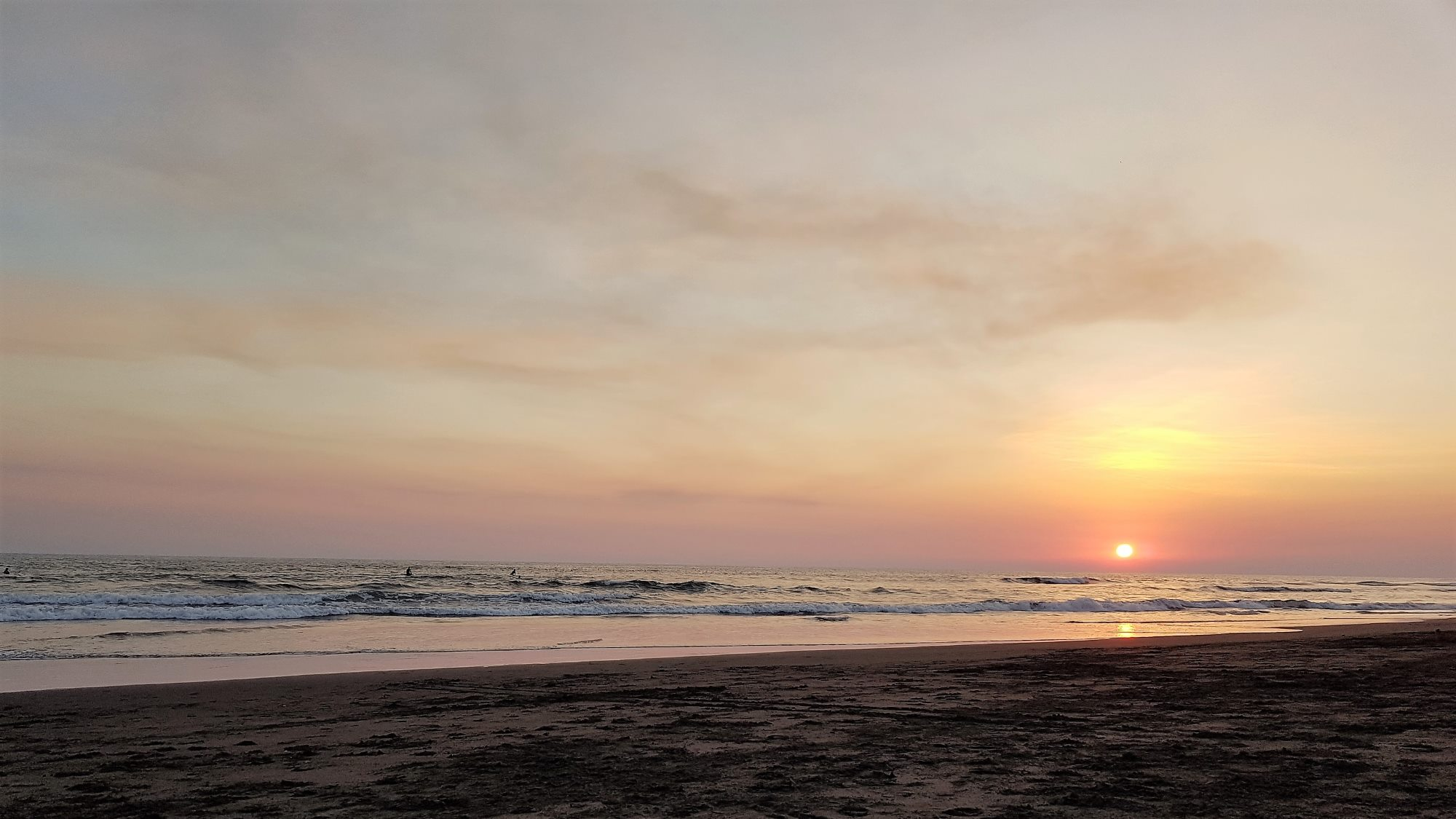 things to do in Guatemala El Paredon Beach sunset