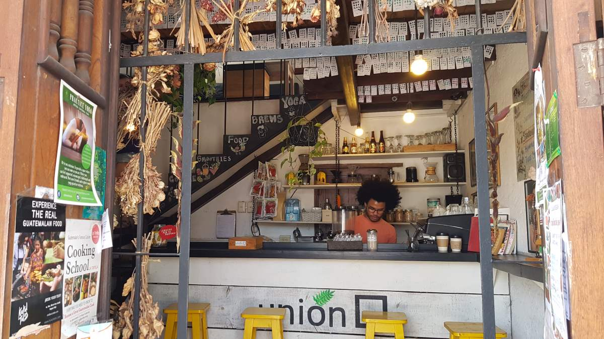 where to drink antigua guatemala cafe union