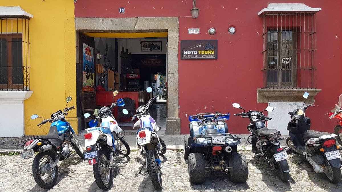 where to stay antigua guatemala motocamp mototours