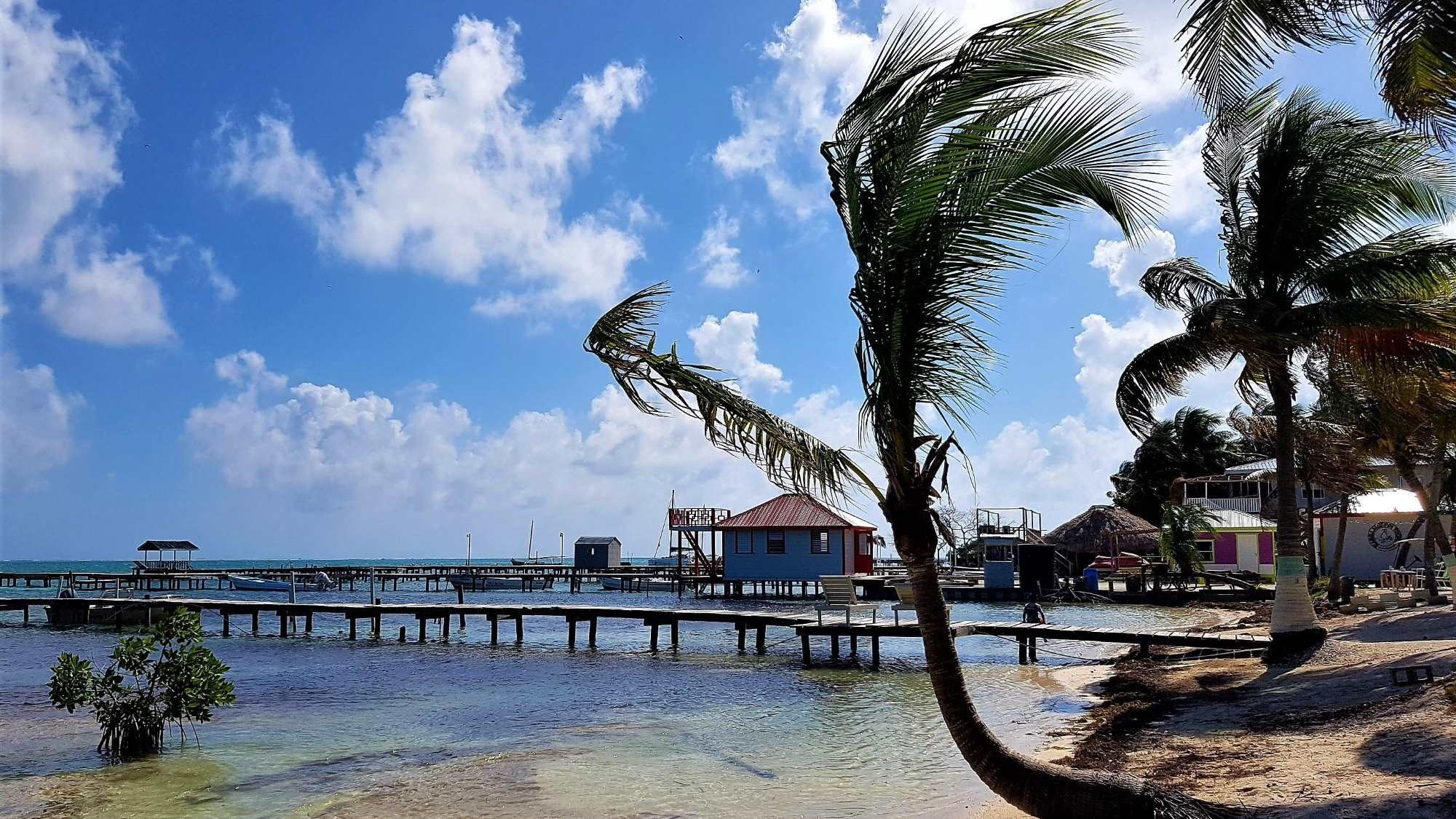 How to get from Caye Caulker Belize to Antigua Guatemala
