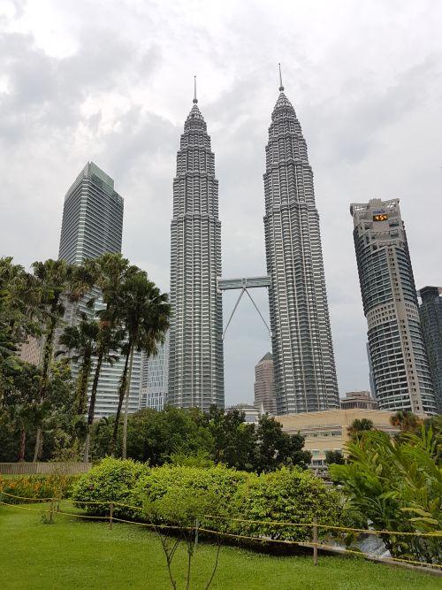 Things to do Malaysia Kuala Lumpur Twin Towers Petronas Towers 3