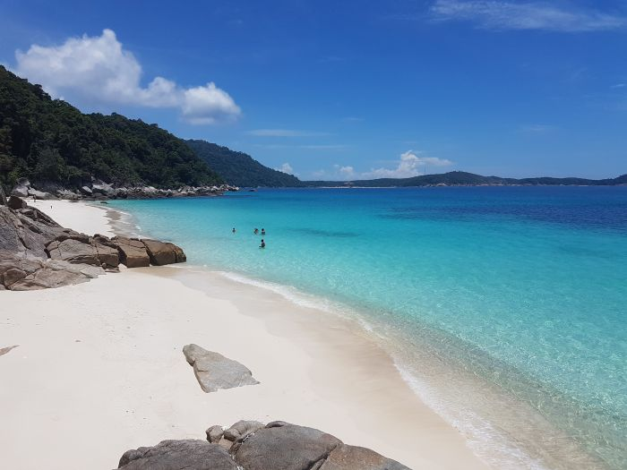 Things to do Malaysia Perhentian Besar Turtle Beach2