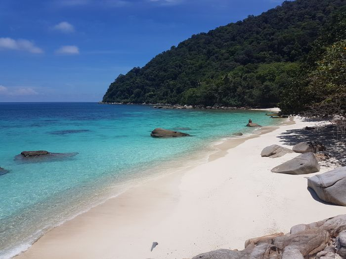 Things to do Malaysia Perhentian Besar Turtle Beach3