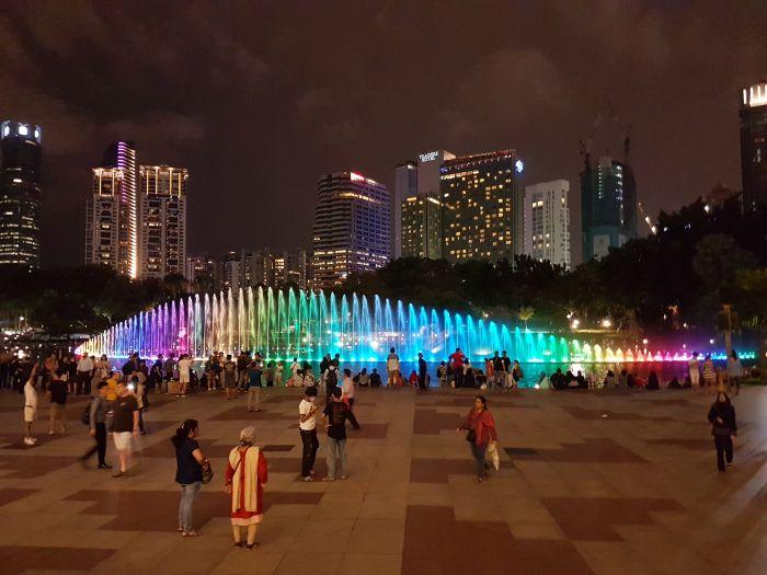 kuala lumpur city guide Things to do Malaysia Kuala Lumpur KLCC park water fountain
