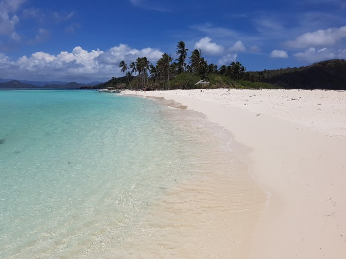 top things to do philippines maosonan island white sand beach