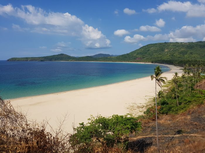 top things to do philippines palawan nacpam beach 4